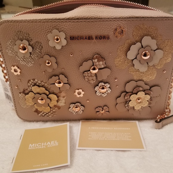 560c03dfa8c6fd Michael Kors Bags | Jet Set Floral Embellished Crossbody | Poshmark
